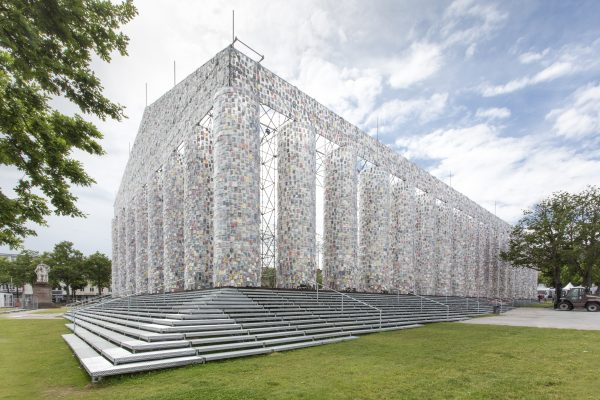 Artist Creates Replica Of The Parthenon From 100,000 Books